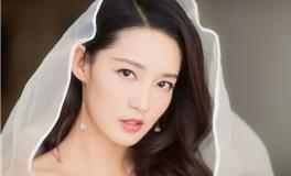 生肖属马女星李沁,清纯可爱美女人缘自然好